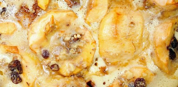 Razvan Anton - tort de mere cu zahar ars