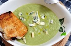 Razvan Anton - Supa Crema de Broccoli cu Branza cu mucegai nobil